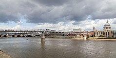 Puente Millennium, Londres, Inglaterra, 2014-08-11, DD 114.JPG