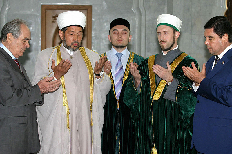 File:RIAN archive 320886 Turkmen President Gurbanguly Berdymukhammedov in the Kul Sharif Mosque during his visit to Tatarstan.jpg