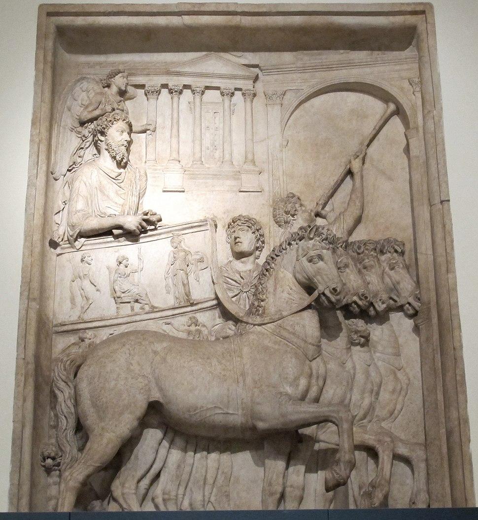 Rilievo da monumento onorario di Marco Aurelio trionfo, 176-180