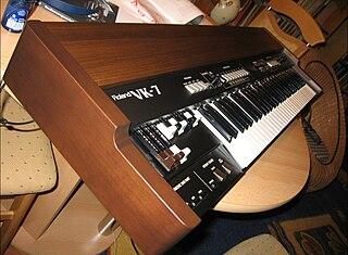 Roland VK-7