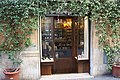 Rom, Geschäft in Via della Lungaretta 63.JPG