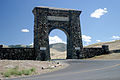 Roosevelt Arch, north entrance to YNP (3678659523).jpg