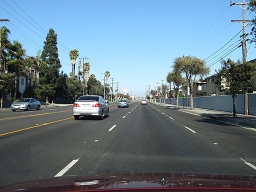 Rosecrans Avenue, Gardena, California (6027121998)