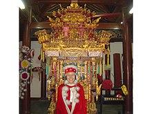 Royal-costume-china.jpg