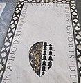 S. croce, tomba sul pavimento 99.14 spinelli.JPG