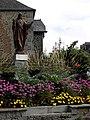 Saint-Brice-en-Coglès (35) Statue du Sacré-Cœur 01.jpg