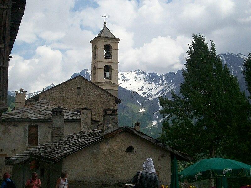 L'église de Saint-Véran dans le département des Hautes-Alpes.