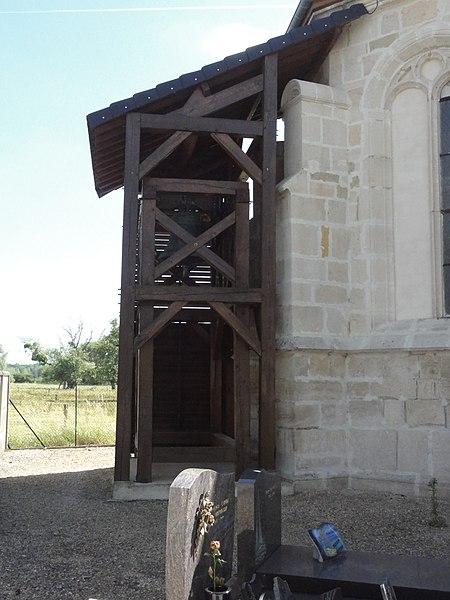 Sainte-Livière (Haute-Marne) église,charpente de la cloche