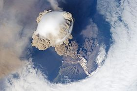Sarychev eruption ISS lrg.jpg