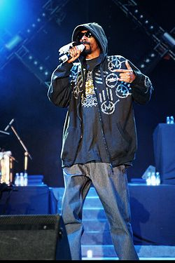 Snoop Dogg at Bucharest.jpg