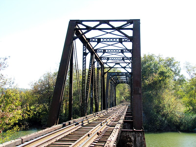 File:Southern-railroad-bridge-rockford-tn1.jpg