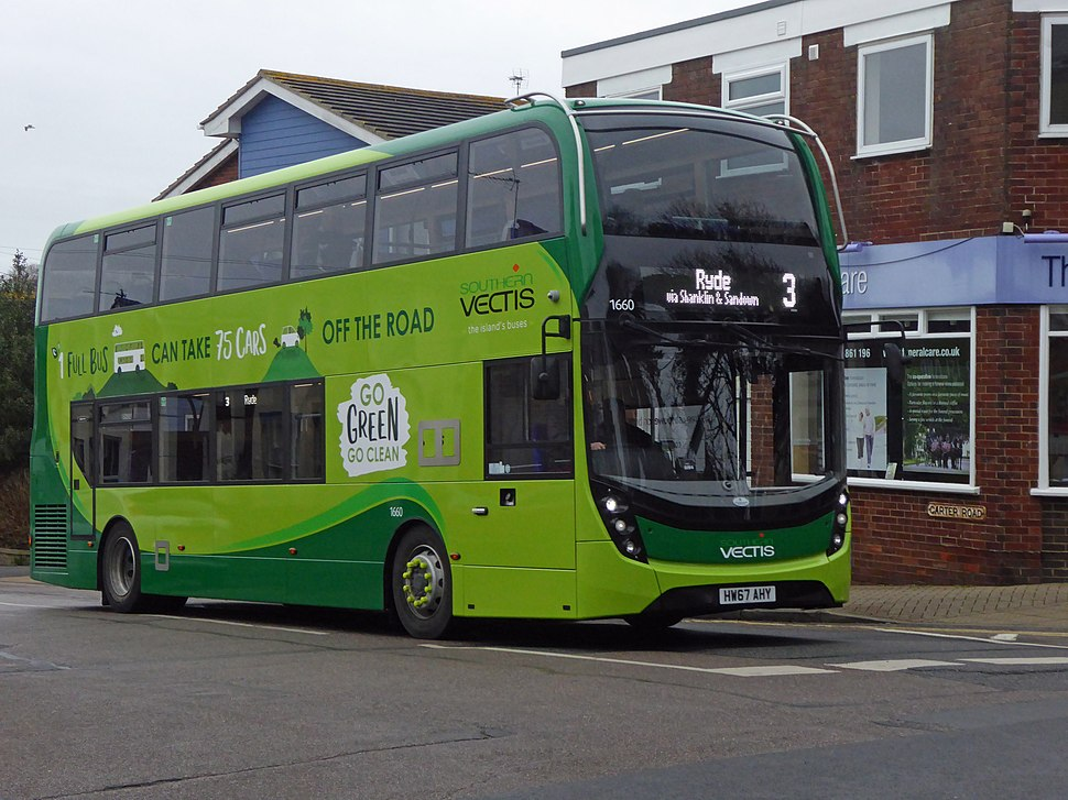 Southern Vectis bus 1660 in Shanklin, Isle of Wight