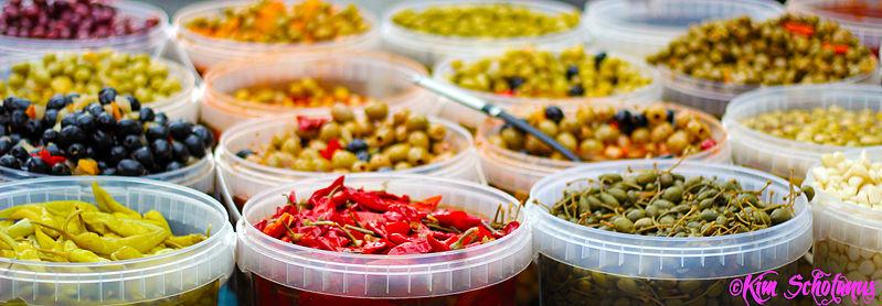 File:Spices olives market antwerp.jpg