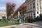 Square Lamartine, Paris 16e.jpg