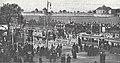 Städtische Straßenbahnen Wien 1903–1913 (page 39 crop) – Personendurchlässe und Wagenstandplatz vor dem Zentralfriedhof beim II. Tor.jpg