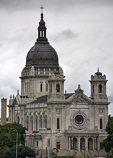 Roman Catholic minor basilica and co-cathedral in Minneapolis, Minnesota, USA