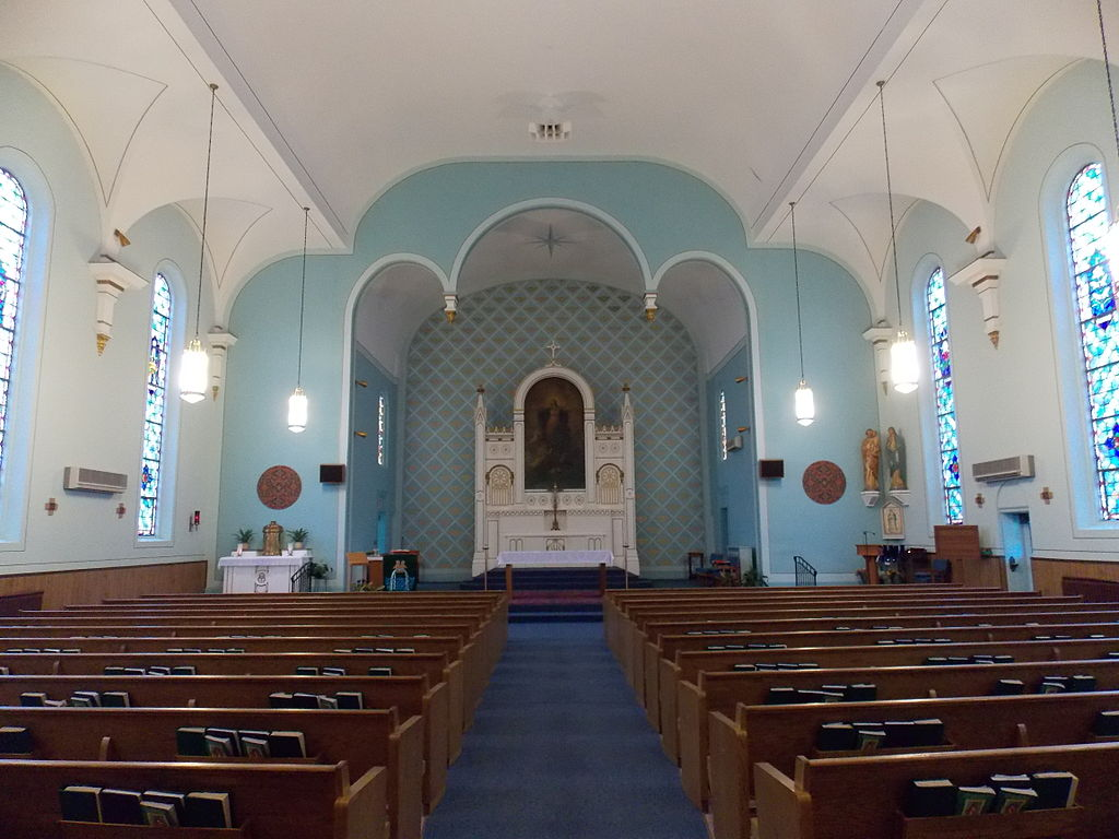 File St Mary S Church Interior Davenport Iowa 01 Jpg