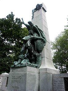 Statue Dollard des Ormeaux, parc Lafontaine, Montréal 2005-08-29.jpg