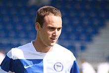 Steve von Bergen - Hertha BSC Berlin (2) .jpg