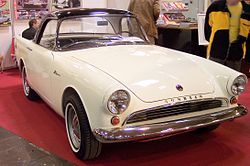Sunbeam Alpine white vr TCE.jpg