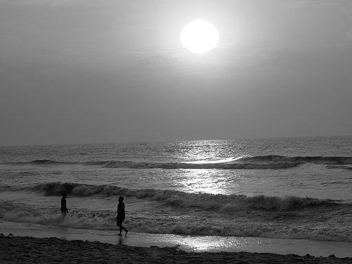 Sunrise-besant-nagar-beach-chennai-4