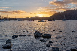 Sunset in Bowness Harbour, Bowness on Windermere, England 02.jpg