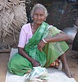 Tamil woman hut.jpg