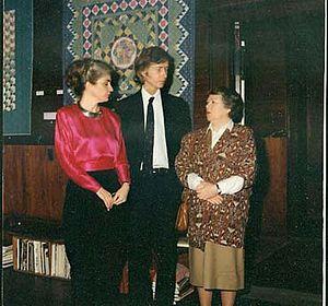 Greenwood Museum - Margit Echols (Quiltmaker), Terrance Lindall (Director), Verdalee Tombelaine (Volunteer Coordinator of the Metropolitan Museum)