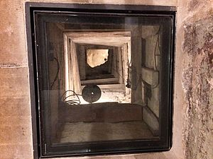 Attempts to escape Oflag IV-C - French prisoners, incarcerated in Colditz Castle during the Second World War, spent some 8 months digging an escape tunnel. This 5.2m vertical shaft, located in a corner of the chapel, is a small part of the construction.