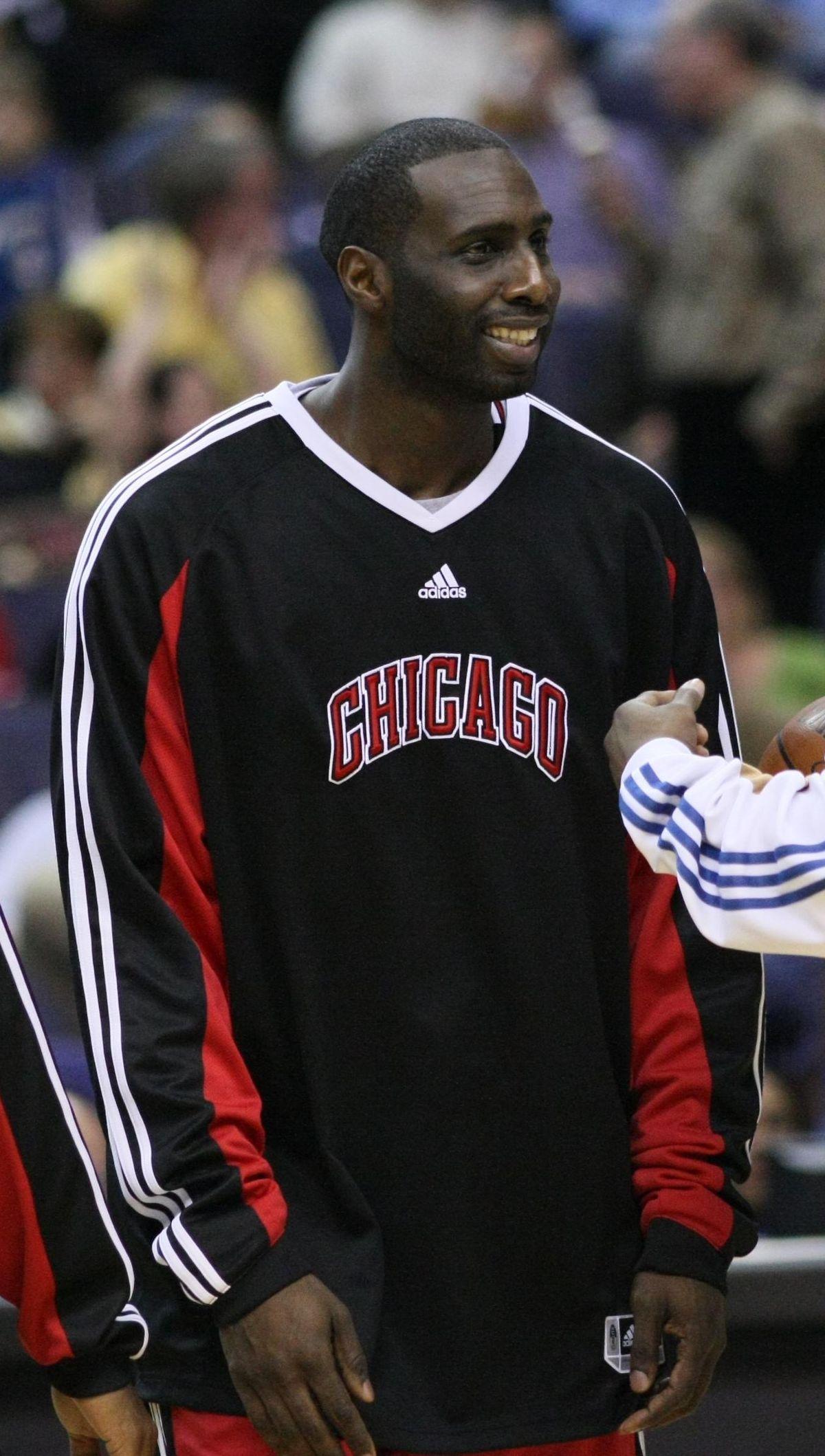 tim thomas  basketball