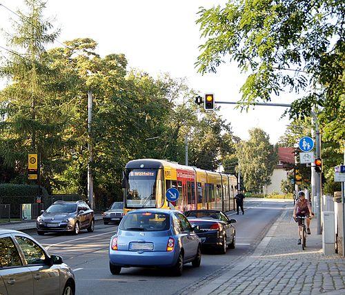 Haltestelle Jüngststraße auf der Tolkewitzer Straße