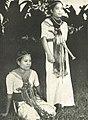 Toraja women, Wanita di Indonesia p12 (Kon Luchtvaart Mij).jpg