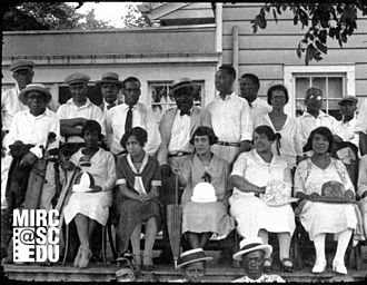 """Fox News (1919–1930) - Fox News story A7928 – A7932, """"National Colored Tournament."""" Shot at the Shady Rest country club in Westfield, New Jersey, the frame shows members of the nation's first African-American golf club posing for Fox News on July 12, 1925."""