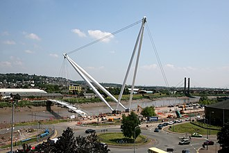 Newport City footbridge - Image: Usk Bridge construction
