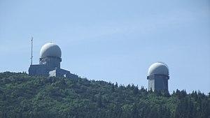 Velký Javor - zařízení na vrcholu A.JPG