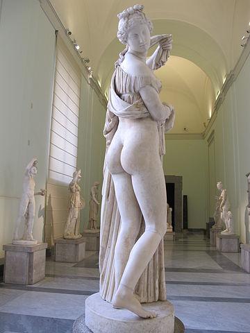 https://upload.wikimedia.org/wikipedia/commons/thumb/b/b7/Venere_Callipige_Napoli.jpg/360px-Venere_Callipige_Napoli.jpg