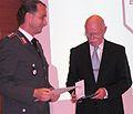 Verleihung der Bernhard-Weiß-Medaille 2008 durch Hauptmann Michael Berger, Bund jüdischer Soldaten.jpg