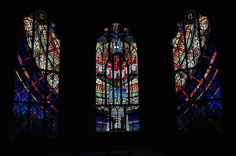File:Victoria, BC - Christ Church Cathedral - stained glass 28 - Chapel of the New Jerusalem (20623905782).jpg