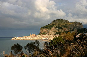 View of Cefalù - Cefalù - Italy 2015.JPG