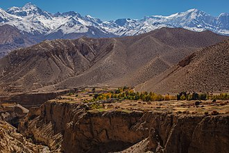 Upper Mustang - Gyakar village across the gorge