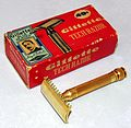 Vintage Gillette Ball-End DE Tech Safety Razor, Made In USA, Circa 1940s (29348880315).jpg