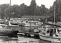 Watersportvereniging IJmond, een kijkje op de jachthaven van de vereniging. Aangekocht in 1984 van fotograaf C. de Boer. - Gepubliceerd in het Haarlems Dagblad van 13.08.1983. Identificatien, NL-HlmNHA 54010752.JPG