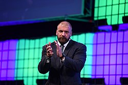 Web Summit 2017 - Centre Stage Day 1 SM0 6061 (26464113449).jpg