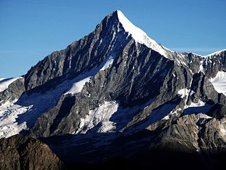 Weisshorn - The south-east face (the Schaligrat on the left, the east ridge on the right) rising over the Schali Glacier
