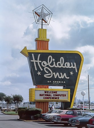 Joint Computer Conference - Holiday Inn, W Kirby Drive, Houston, Texas welcomes delegates to the 7-12 June 1982 National Computer Conference.