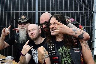 Whiplash (band)