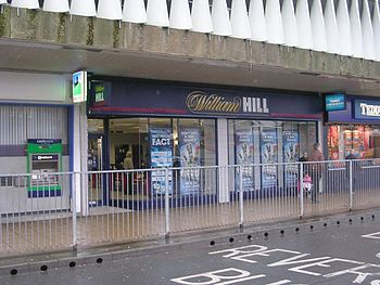 English: William Hill - near Bus Station