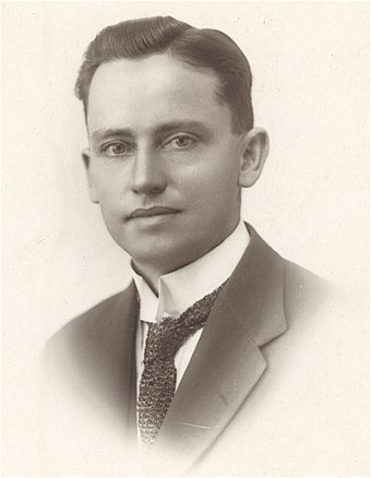 Forde as a young man Young Frank Forde.jpg