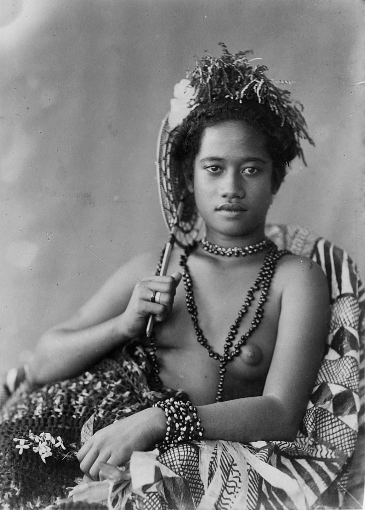 pictures of nude samoan women