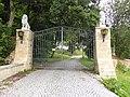 Zufahrtstor, Neues Schloss Rabenstein.jpg